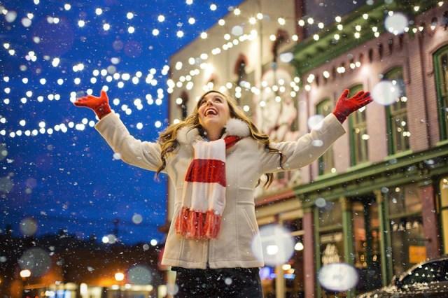 10 Ways to Enjoy the Year End Holidays